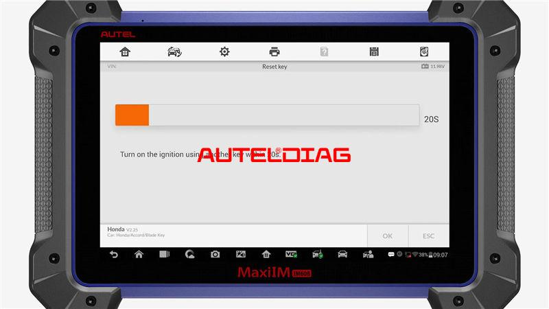 Use Autel Im608 To Reset A Key For Honda Accord 2010 (7)